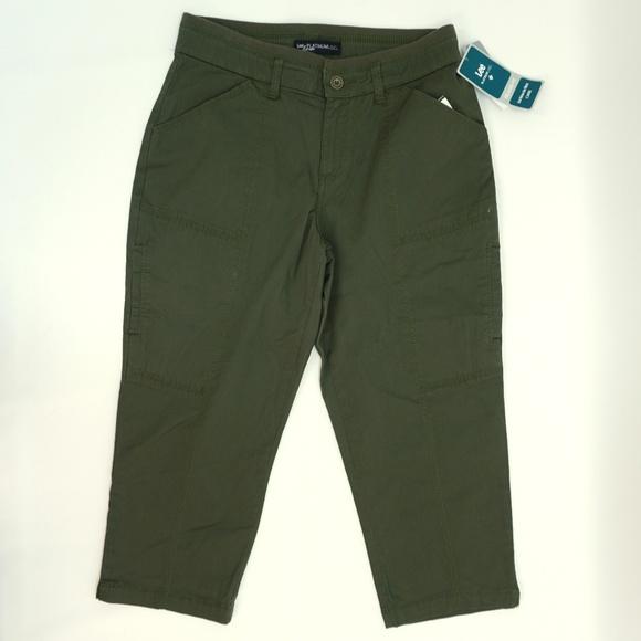 1e91bfa30bf Lee Capri Pants Relaxed Fit Cropped Pants Green